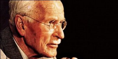 Carl Gustav Jung och människans tre födslar